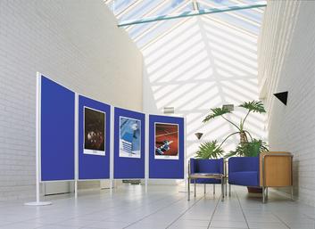 Legamaster LEGALINE feltboard blue 90x120cm floor system - 002